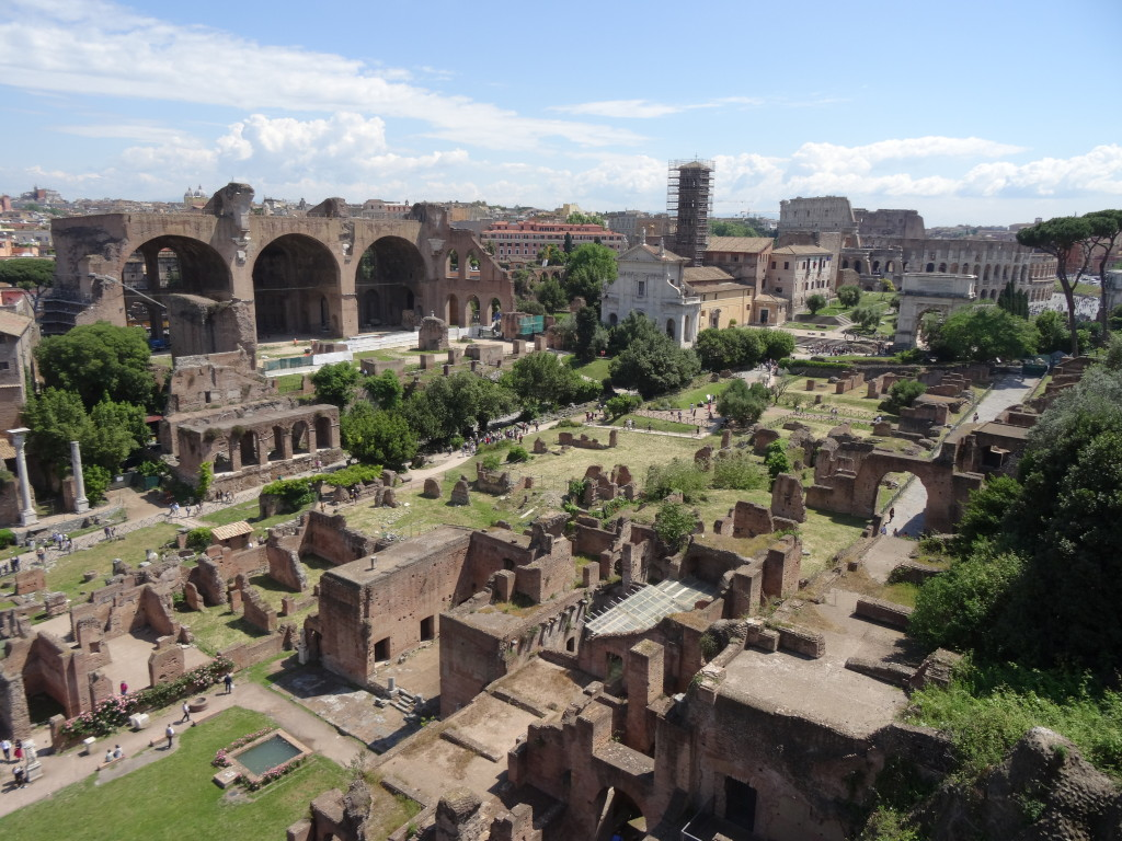 Views of the Roman Forum and The Colosseum from the 'giardino degli aranci'